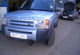 Front push towbar on a Land Rover