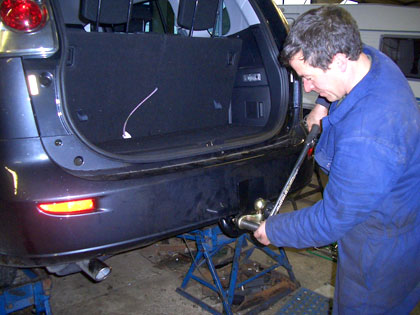 Watling Engineer Fitting a Towbar